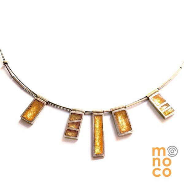 Collar Resina 5 Rectángulos Con Pan De Oro